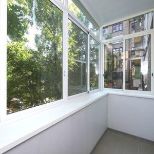 Холодное остекление балкона профилем Проведал