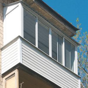 Остекление в Хрущевке с крышей из профлиста