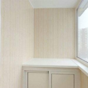 Ремонт балкона под ключ с внешней обшивкой металлическим профлистом